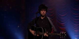 Billie Joe toca Green Day no programa de Jimmy Fallon