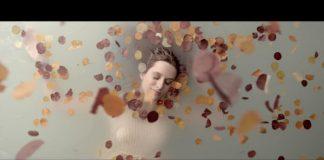 WRY - She's Falling