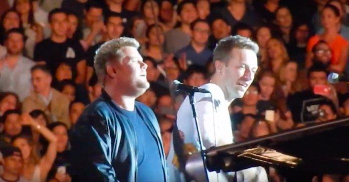 Coldplay e James Corden tocam Tom Petty