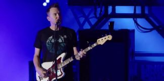 Blink-182 no tributo do Linkin Park a Chester Bennington