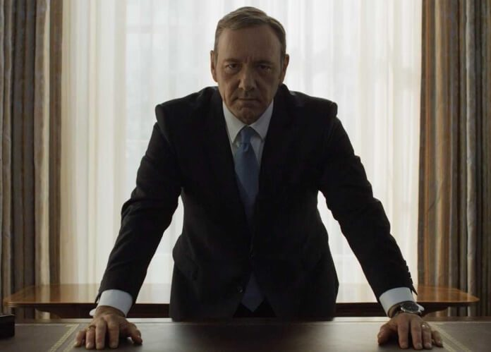 Kevin Spacey como Frank Underwood em House Of Cards
