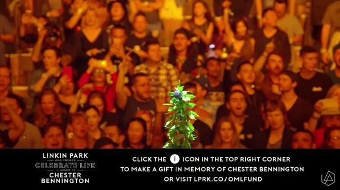Público canta Numb, do Linkin Park