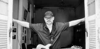 """Pio Lobato volta às origens de rock progressivo no single """"Casa Velha"""""""