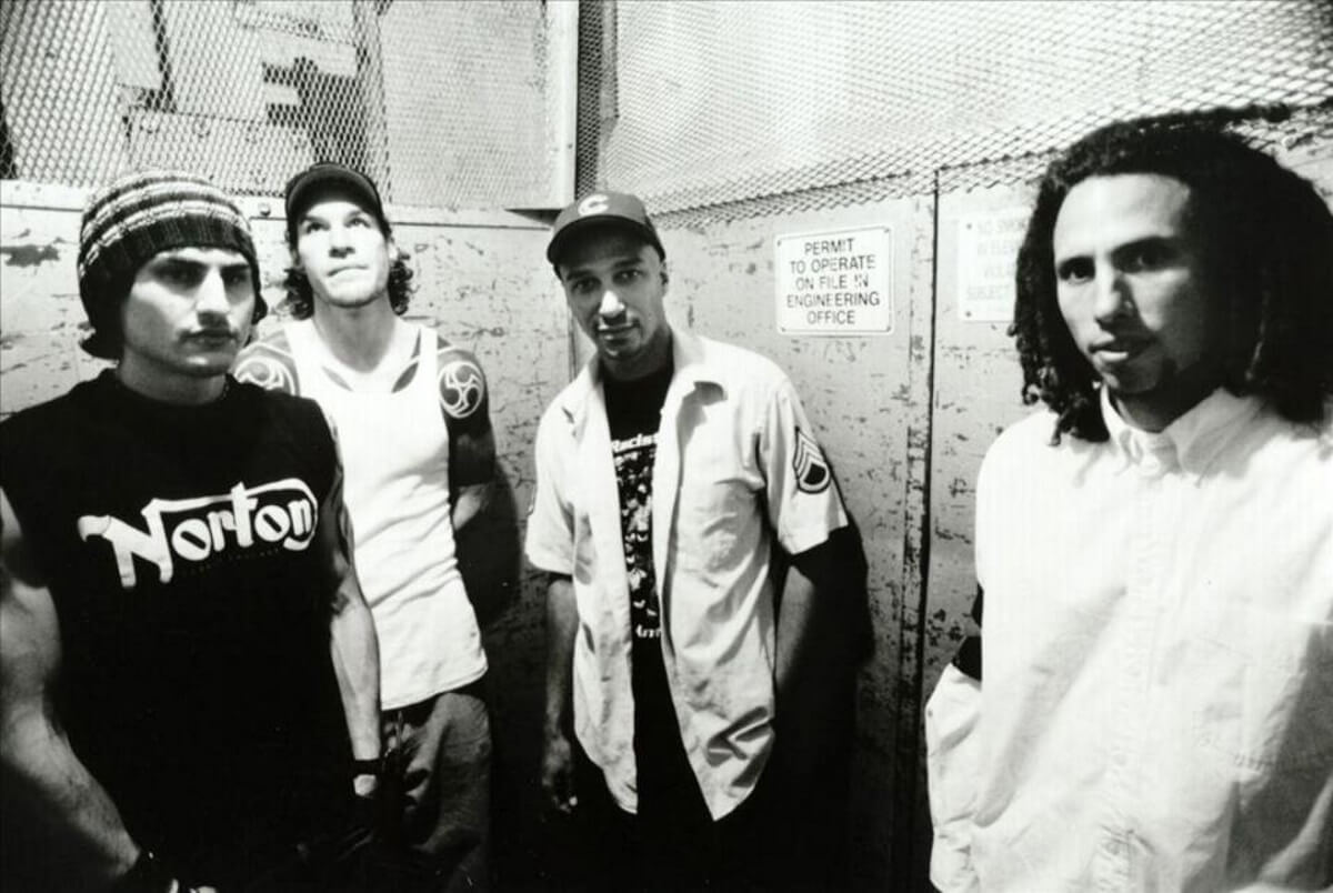 Rage Against The Machine (Tom Morello, Zack de la Rocha)(Tom Morello)