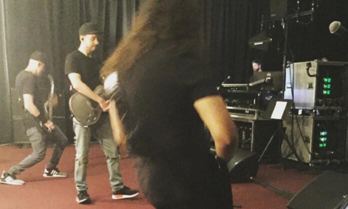Linkin Park em concerto sem vocalista Chester Bennington