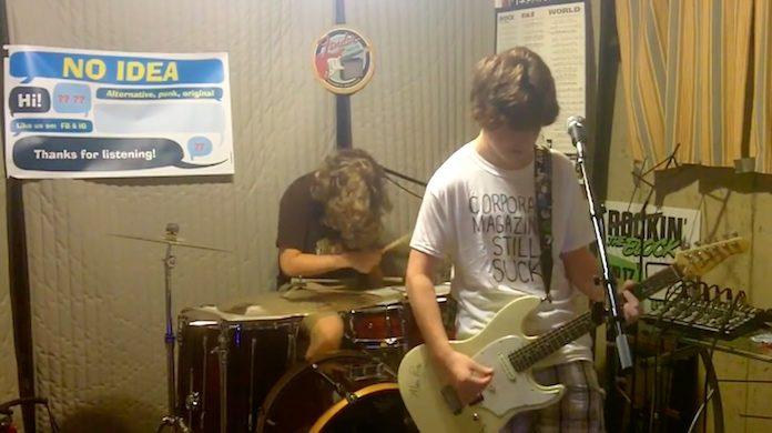 Adolescentes fazem cover do álbum Nevermind, do Nirvana