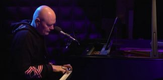 Billy Corgan faz cover de Neil Young