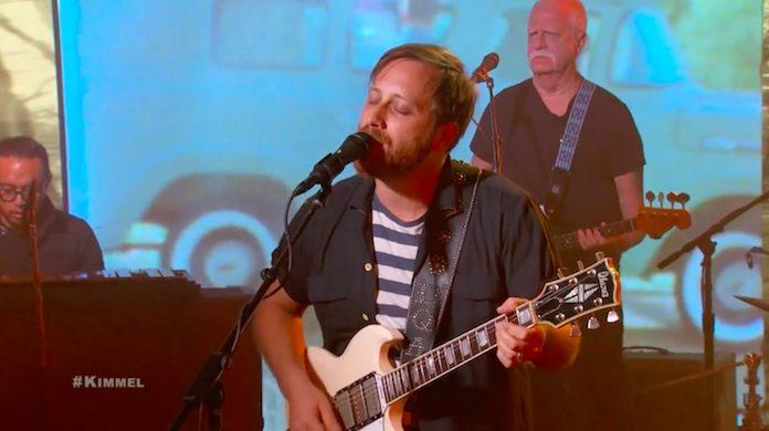 Dan Auerbach no programa de Jimmy Kimmel