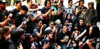 Joey Jordison enturma e faz jam com fãs do Slipknot na Argentina
