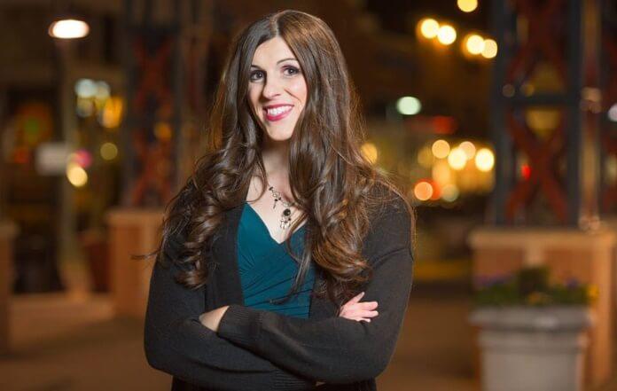 Primeira deputada trans é eleita no estado da Virgínia