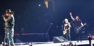 Dave Grohl e Guns N' Roses em Oklahoma