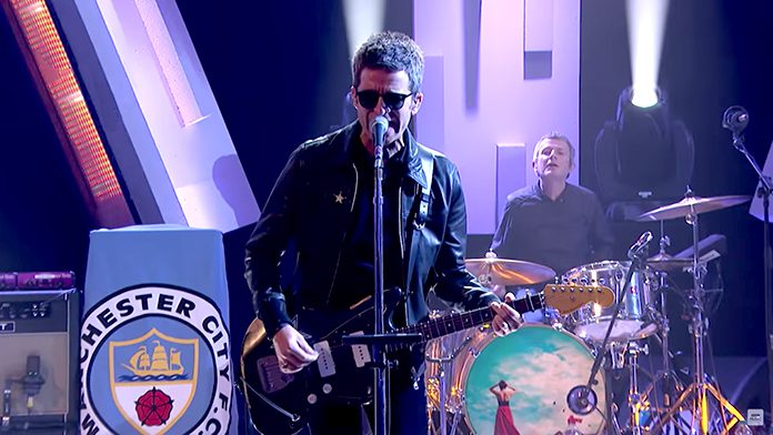 Noel Gallagher no programa de Jools Holland