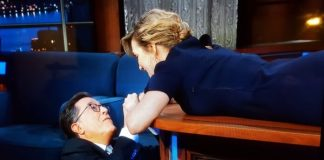 Kate Winslet no programa de Stephen Colbert