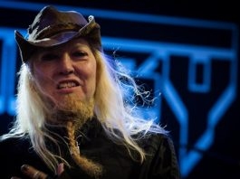 Warrel Dane com o Sanctuary