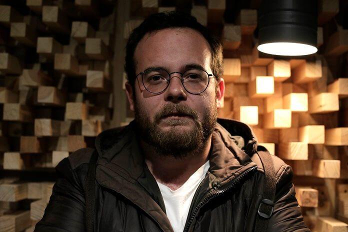 "Joaquin Garcia une folk e ambient em novo single; ouça ""Tidal"""