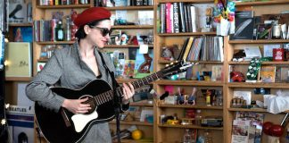 St. Vincent no Tiny Desk, da NPR