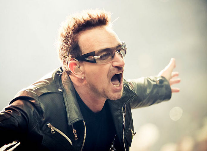 f9f926107 Bono conversa com Papa Francisco sobre escândalos sexuais na Igreja