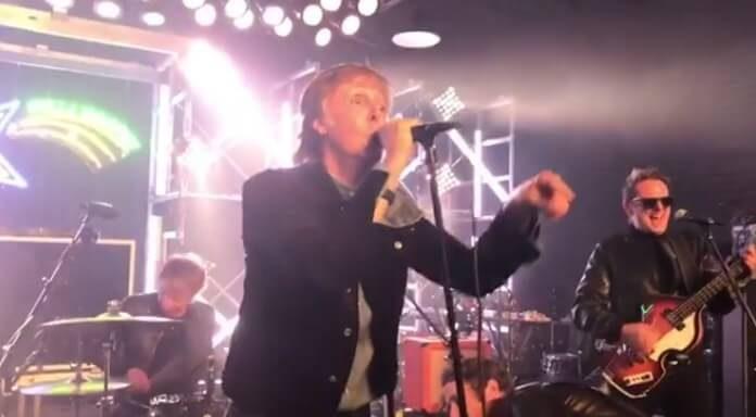 Paul McCartney e membros do Muse