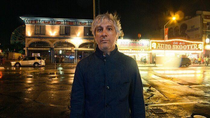 Lee Ranaldo fala sobre os primeiros anos do Sonic Youth em novo livro