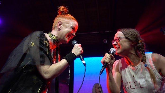Shirley Manson e Fiona Apple cantam juntas em festival