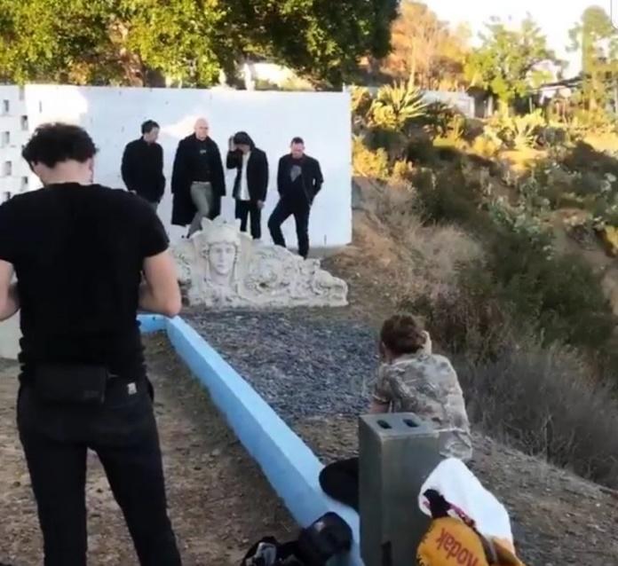 The Smashing Pumpkins em sessão de fotos
