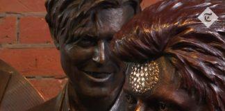 Estátua de David Bowie