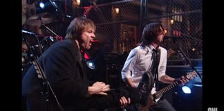 Foo Fighters e Jim Carrey no Saturday Night Live