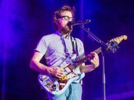 Rivers Cuomo, do Weezer, em 2015
