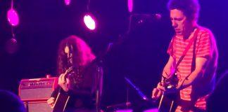 Yo La Tengo e Kurt Vile fazendo cover de The Cure