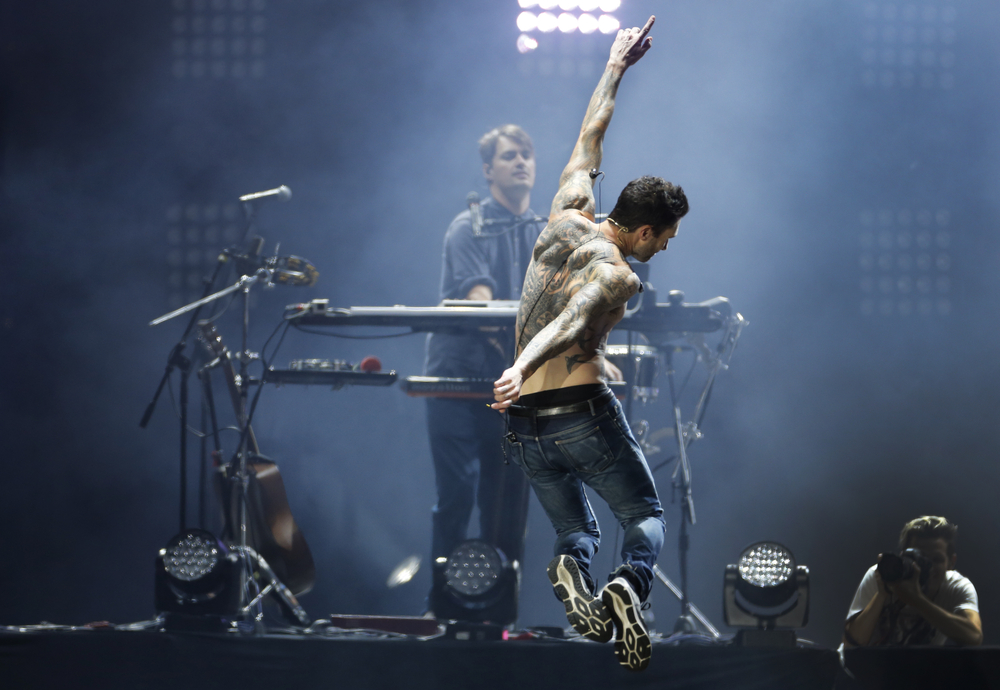 Adam Levine com o Maroon 5 no Rock In Rio 2017