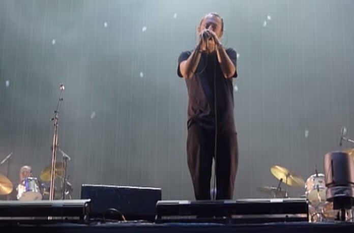Thom Yorke com o Radiohead na Argentina
