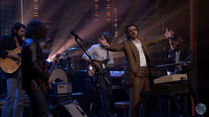 Arctic Monkeys no programa de Jimmy Fallon