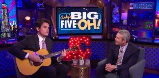 """John Mayer faz cover de Diana Ross em """"serenata"""" de aniversário para apresentador americano"""