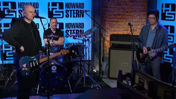 Smashing Pumpkins no Howard Stern