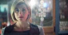 Jodie Whittaker como Doctor Who