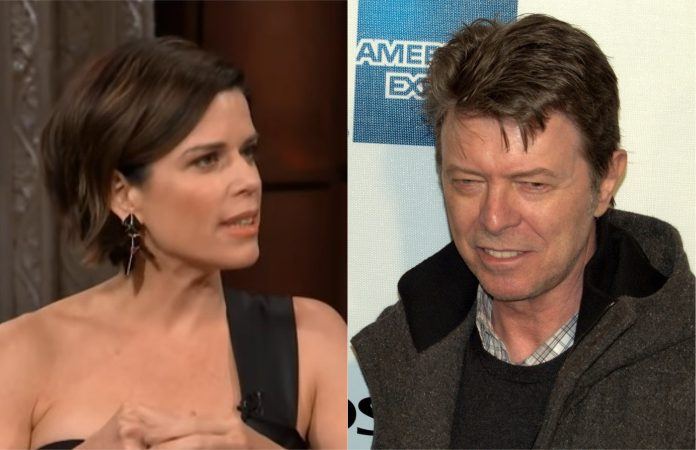 Neve Campbell e David Bowie