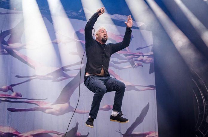 Chino Moreno (Deftones) levantando voo