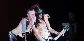 Scott Weiland e Slash, do Velvet Revolver