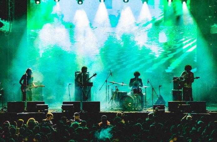 Boogarins no Festival Queremos!