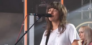 courtney-barnett-kimmel-2018
