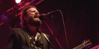Father John Misty no Festival Queremos
