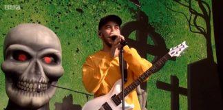 Mike Shinoda com o Sum 41 no Reading Festival