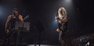 Metallica (Rob Trujillo e Kirk Hammett) tocando Prince