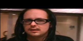 Korn (Jonathan Davis) gravando Follow the Leader