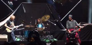 Nirvana com John McCauley do Deer Tick