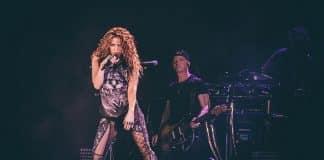 Shakira volta ao Brasil com show arrebatador em São Paulo