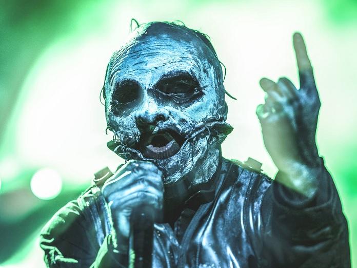 f3ed93cba Corey Taylor está trabalhando em máscara do Slipknot com artista icônico