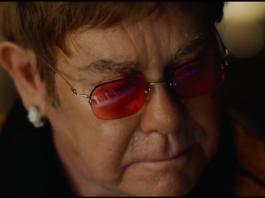 Elton John - comercial