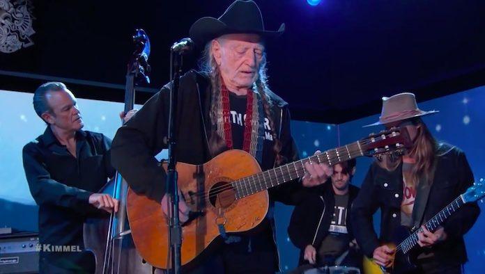 Willie Nelson no programa de Jimmy Kimmel