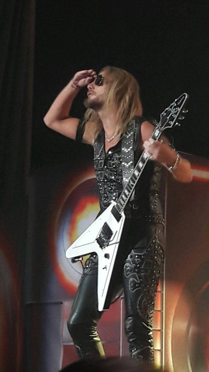 Richie Faulkner (Judas Priest) no RJ